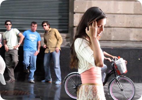 aborder une fille dans la rue